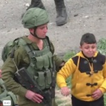 Palestine la case Prison : Les forces de l'occupation traumatisent un enfant de 8ans